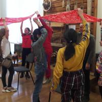 13 марта 2020 г. сотрудники отдела этнографии провели ставшее традиционным занятие с игровыми элементами «Бабушкин сундучок» с учениками гимназии №39 города Уфы.