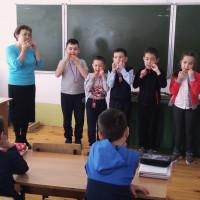 Абзелиловский историко-краеведческий музей познакомил школьников с национальными музыкальными инструментами башкирского народа