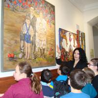 В Национальном музее Республики Башкортостан художница Лиана Мкртчян провела экскурсию по своей персональной выставке для учеников коррекционной школы-интерната