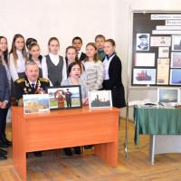 В Дюртюлинском историко-краеведческом музее школьники познакомились с биографией краснофлотца Фахруллы Хайруллина