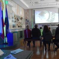 На площадке выставки «60 лет в Космосе. Летопись покорения» состоялся показ научно-популярного фильма «Прыжок в Космос».
