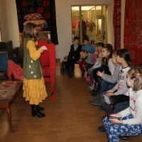В Национальном музее РБ прошли занятия «Бабушкин сундучок» с воспитанниками дошкольных образовательных учреждений