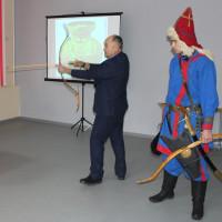 Сотрудник Дома-музея Шагита Худайбердина познакомил школьников Давлекановского района с военными традициями башкирского народа