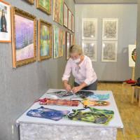 Дюртюлинский историко-краеведческий музей приглашает на выставку работ выпускников Дюртюлинской детской художественной школы