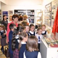 Дюртюлинский историко-краеведческий музей приглашает посетить выставку к 30-летию города Дюртюли и 100-летию образования Республики Башкортостан